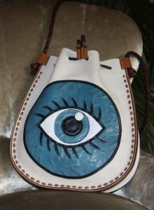 Göz Mandalalı Çanta